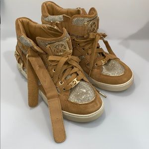 Michael Kors beige sparkly high tops Size 10M